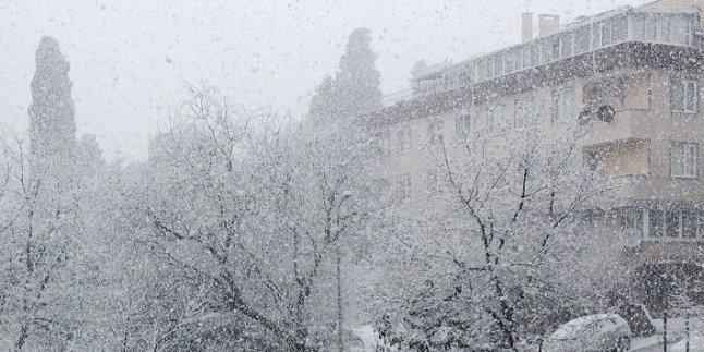 Mart Ortasında Kar Geliyor !