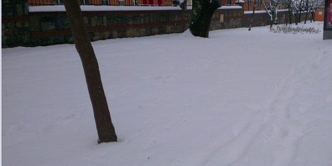 İstanbul'da kar yüksek kesimlerde 15-20 cm !