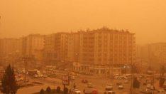 Gaziantep, Kilis, Adana ve Hatay'da Toz Bulutu