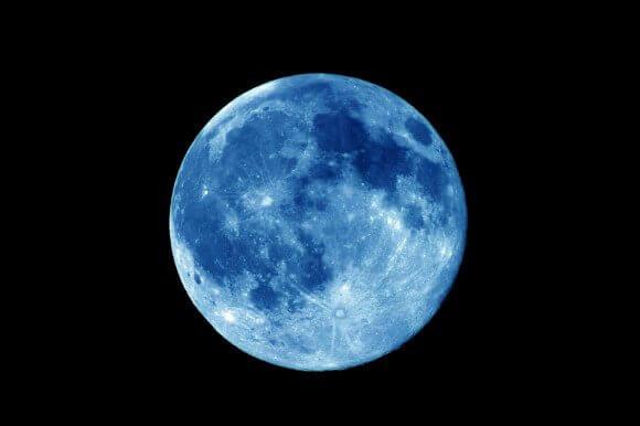 mavi-ay