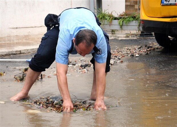 Bodrum'da sağanak yağmur