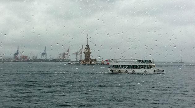 istanbul-da-yagmur-serinligi