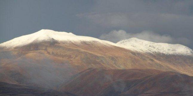 Erzincan'da Yılın İlk Karı Düştü