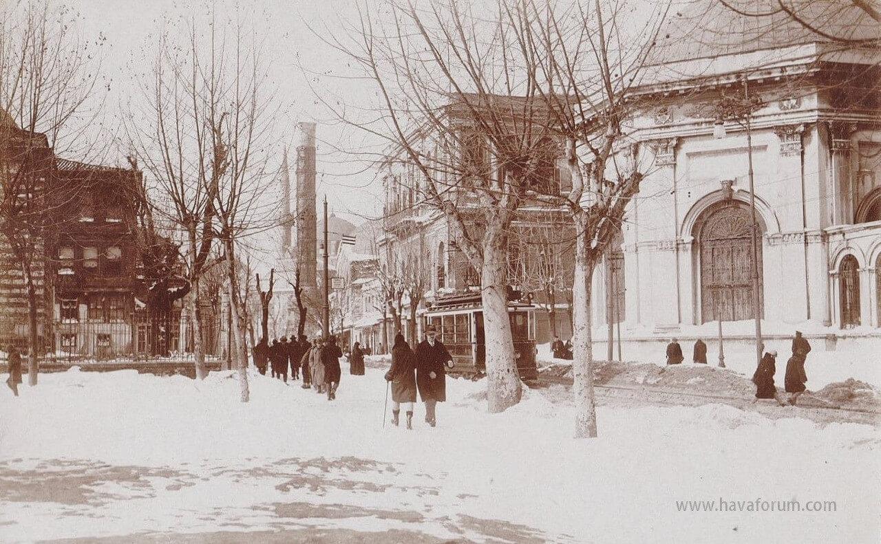 İstanbul Eski Kar Fotoğrafları