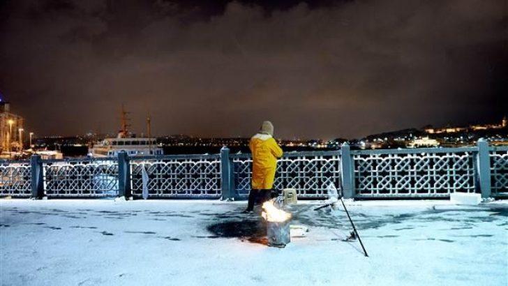 İstanbul'da Bu Akşam ve Gece Kar Var!