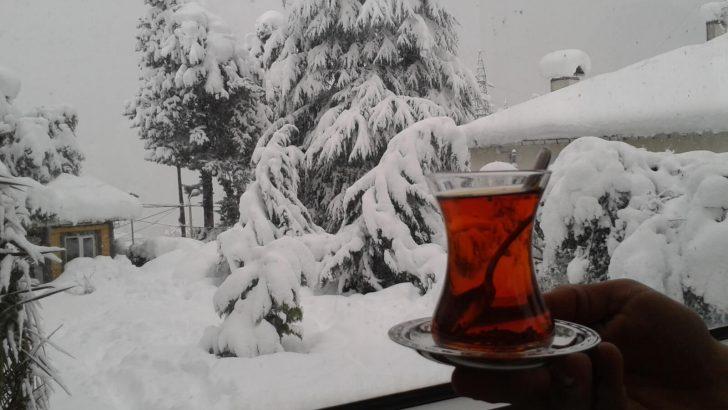 UYARI: Orta ve Doğu Karadeniz'de Yoğun Kar!