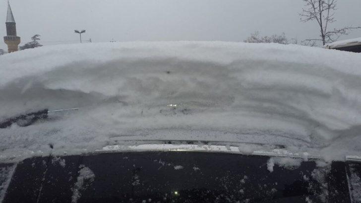 İstanbul'un Yükseklerinde Kar Etkili Oluyor…