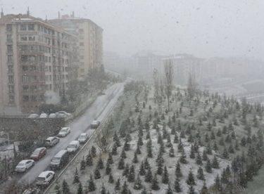 Mart ayında Ankara'da kar…