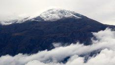Dağlara mevsimin ilk karı düşmeye başladı !