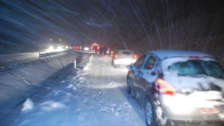 UYARI: İstanbul'da Yoğun Kar Yağışı!