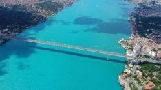 İstanbul Boğazı Turkuaz Renkte…
