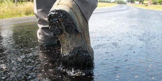 Kırklareli'nde sıcak havadan asfalt eridi!