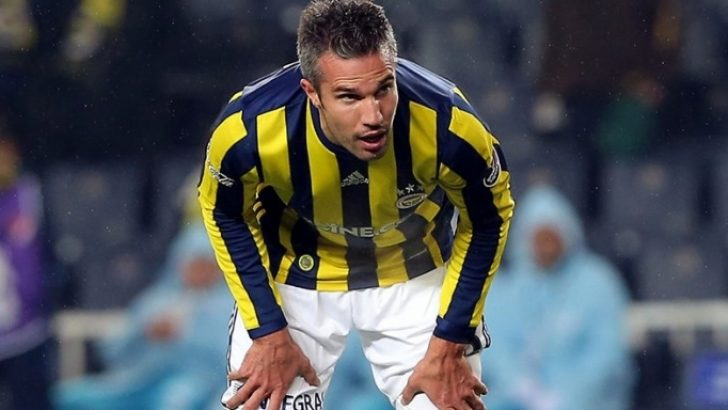 Fenerbahçe'de Robin van Persie yine sakatlandı