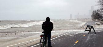 Sert kış ABD'de Michigan Gölü'nü canlandırdı