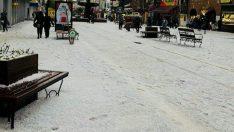 Dolu Edirne'yi Beyaza Bürüdü!