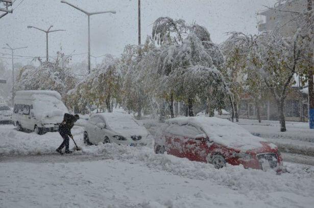 7 Ekim ayında 25 santimetre kar ! Haberler