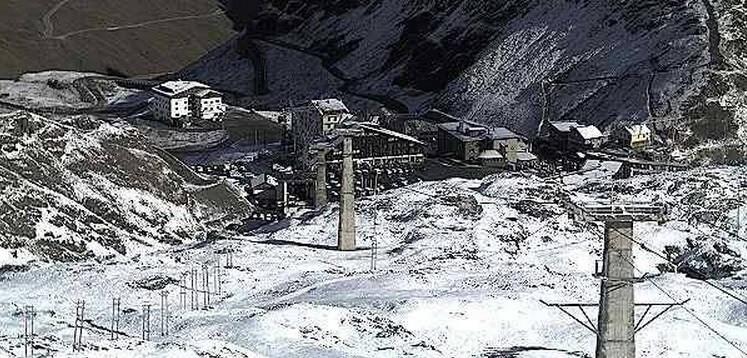 kayak-merkezlerine-kar-yagdi