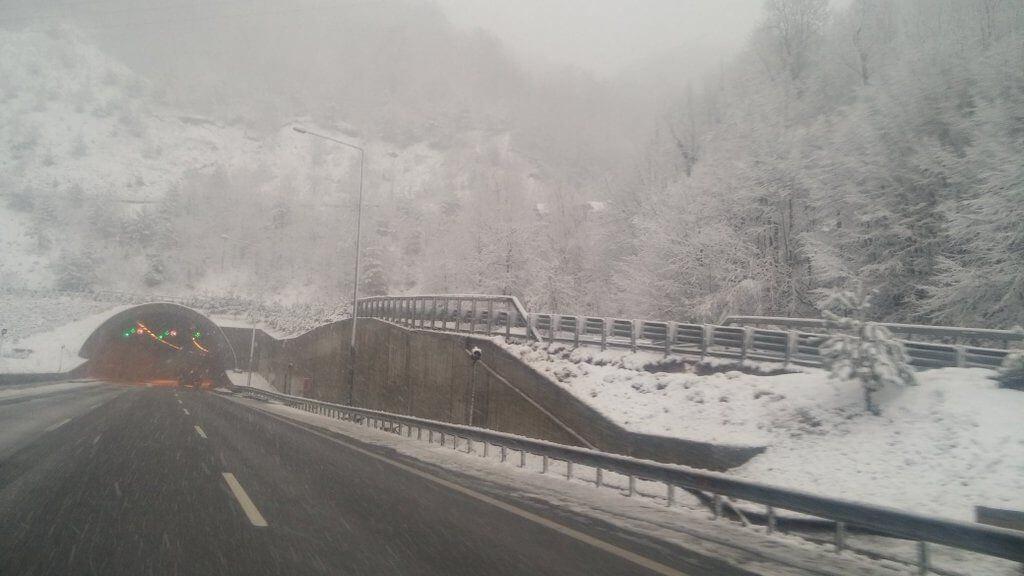 bolu-kar-goruntusu-1024x576 Bolu'da Beklenen Kar Başladı... Haberler