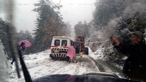 1_9130 Alanya'da Kar Yağışı Ulaşımı Etkiledi! Genel Haberler
