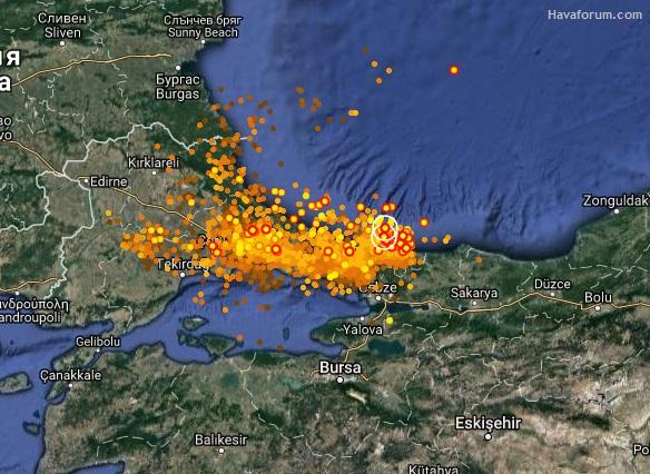 istanbul-simsek İstanbul Yağmura Teslim Oldu! Haberler