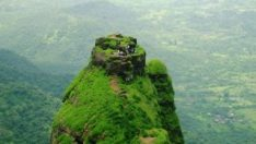 Hindistan'daki tehlikeli trekking parkuru