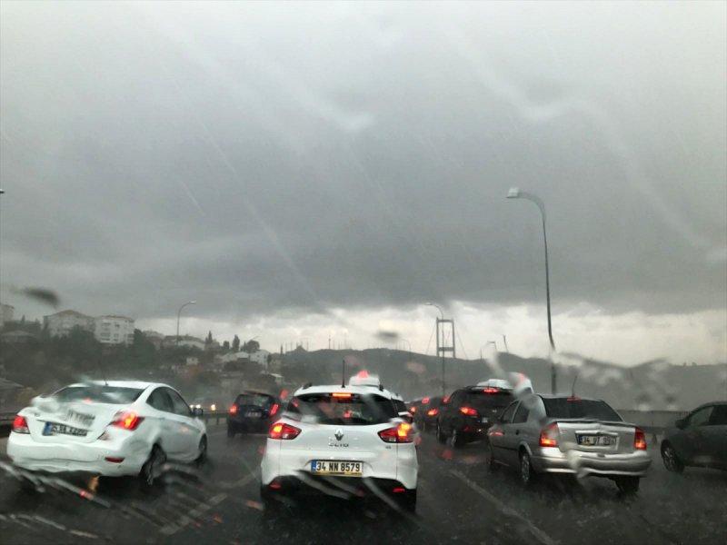 istanbuldan-yagmur-manzaralari İstanbul'dan yağmur manzaraları Haberler