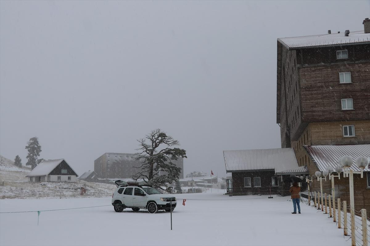 kartalkaya-kar-yagisi-hava-durumu-2 Kartalkaya'da sezonun ilk karı yağdı! Haberler