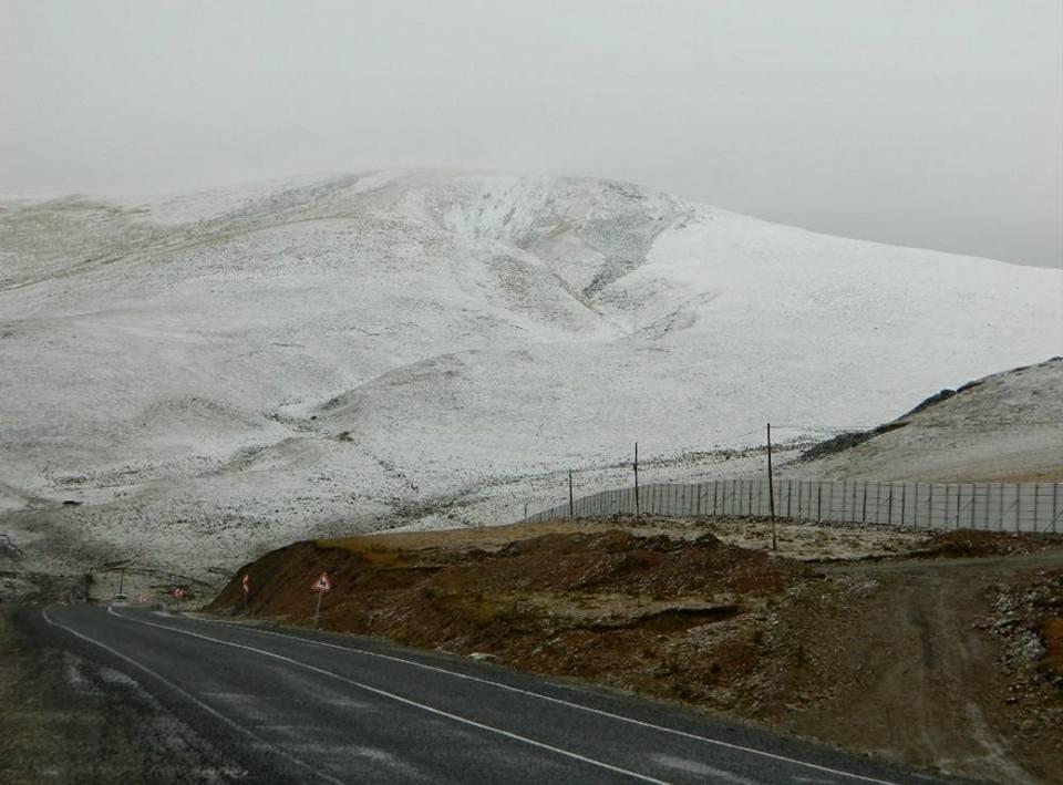 mevsimin-ilk-kar-yagisi 4 kentin yüksek kesimleri karla tanıştı... Haberler