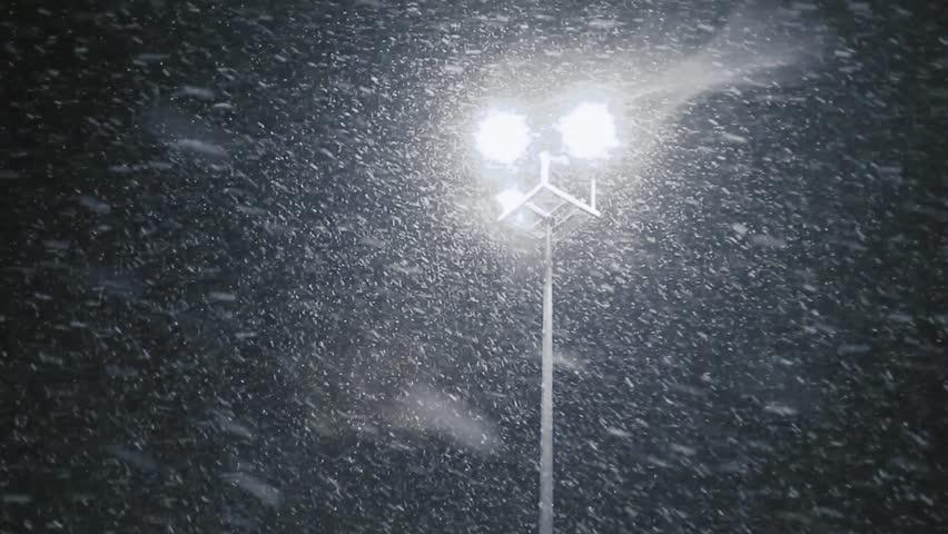 İstanbul'da mevsimin ilk kar yağışı…