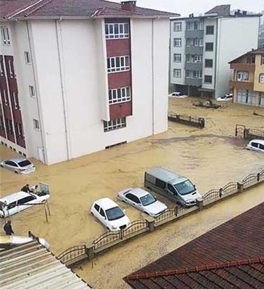 sakarya-1 Kaynarca'daki sağanak yağışta sel meydana geldi! Haberler