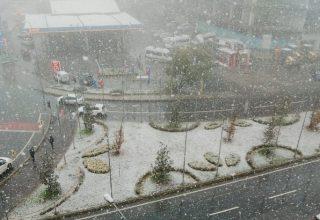istanbul-ilk-kar-320x220 İstanbul'da Mevsimin İlk Karı Düştü! Haberler
