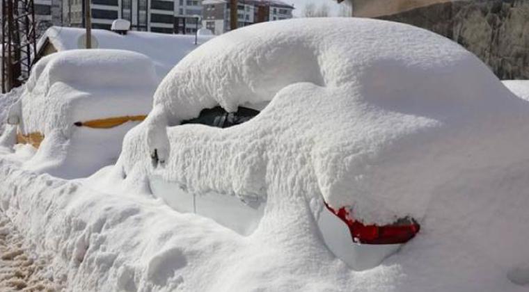 bitlis-yogun-kar-yagisi2 Yeni yılın ilk kara gömülen şehri Bitlis oldu... Haberler