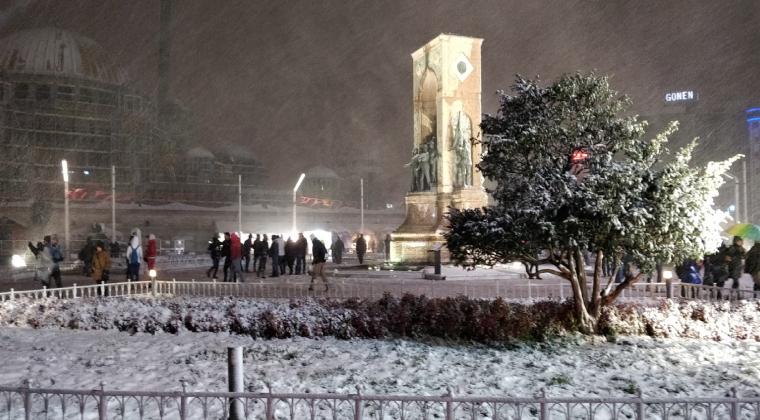 İstanbul'da bu kış sezonunun en etkili kar yağışı…