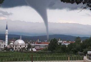 Kastamonu'da Büyük Çaplı Hortum Oluştu!