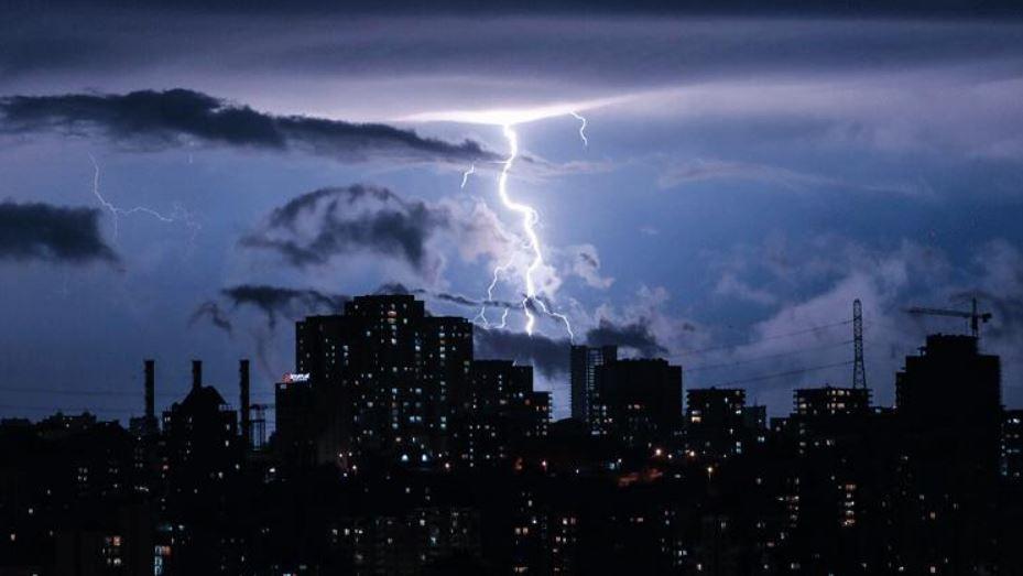 Elektrik Fırtınası Nedir?
