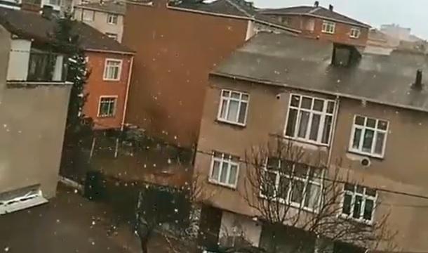 Son Dakika: İstanbul'da Kar Başladı!